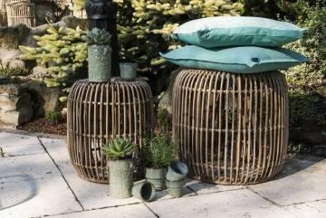 Zahradní stolek  / puf CANNES přírodní ratan 52 cm
